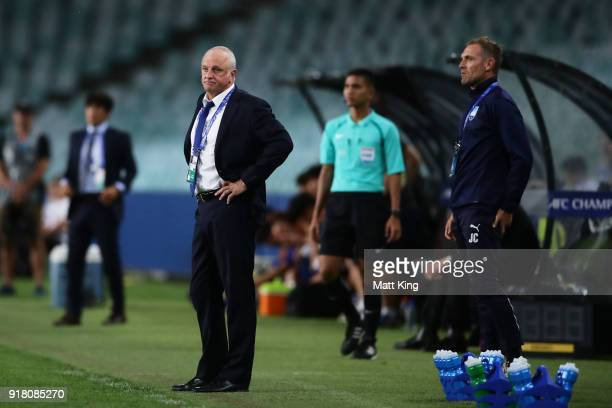 Sydney FC coach Graham Arnold looks on during the AFC Asian Champions League match between Sydney FC and Suwon Bluewings at Allianz Stadium on...