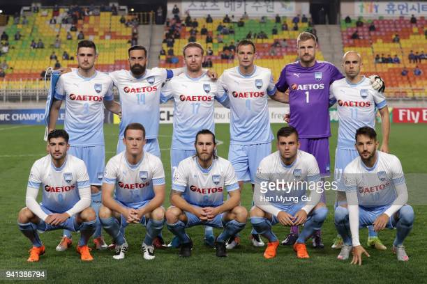 Sydney FC players line up for the team photos prior to the AFC Champions League Group H match between Suwon Samsung Bluewings and Sydney FC at Suwon...