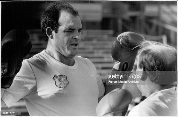 Sydney firs grade team training at the Sydney sports ground Peter Tunks May 13 1986