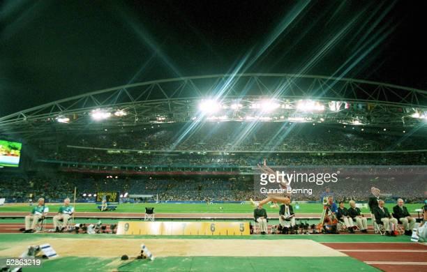 SYDNEY 2000 Sydney FRAUEN/WEITSPRUNG GOLD fuer Heike DRECHSLER/GER