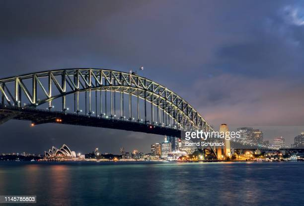 sydney harbor bridge - bernd schunack photos et images de collection