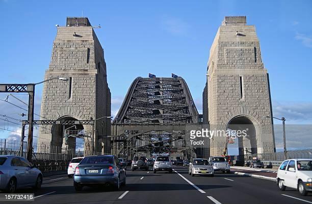 Sydney Harbour bridge's traffic