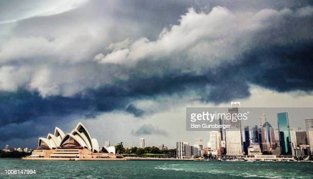 sydney harbour stormclouds - sydney ストックフォトと画像