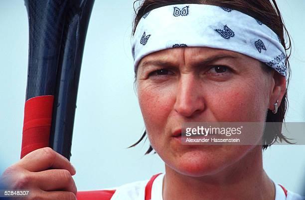 SPIELE 2000 Sydney KANURENNSPORT/KAJAK/K2/500m/FRAUEN Birgit FISCHER/GER