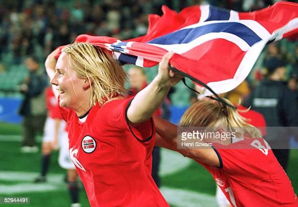 N.V.; JUBEL Ragnhild GULBRANDSEN, Christine BOE JENSEN/NOR - GOLD -