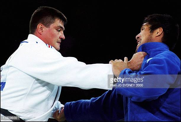 Sydney Olympics Men's judo over 100 kgs final in Sydney Australia on September 22 2000 David Douillet Shinichi Shinora