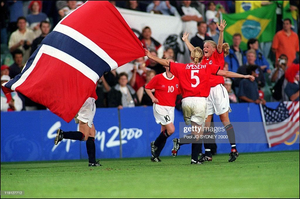 Sydney Olympics: Women'S Football Final, Norway 03 / Usa 02 In Sydney, Australia On September 28, 2000. : News Photo