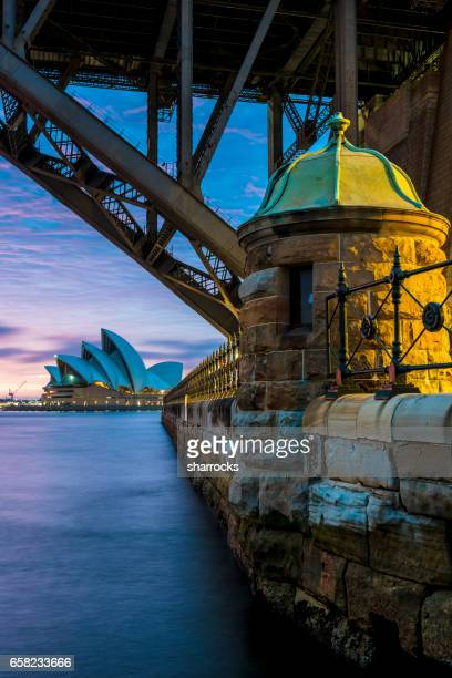 sydney opera house and bridge - international landmark stock pictures, royalty-free photos & images