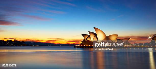 sydney opera house at dawn - sydney opera house stock pictures, royalty-free photos & images