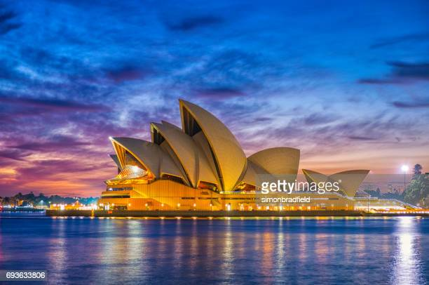 sydney opera house at dawn - opera house stock pictures, royalty-free photos & images