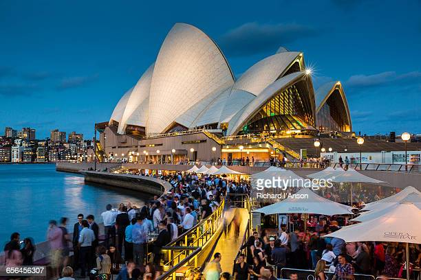 Sydney Opera House & Opera Bar at dusk