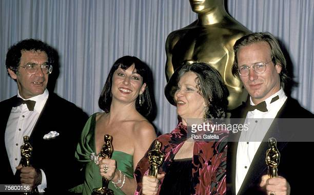 Sydney Pollack Anjelica Huston Geraldine Page and William Hurt