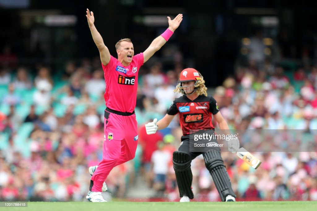 BBL - Sydney Sixers v Melbourne Renegades : News Photo
