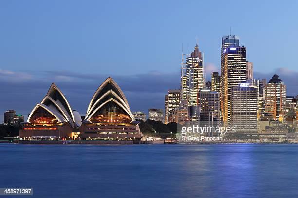 シドニーの夜の街並み - sydney ストックフォトと画像