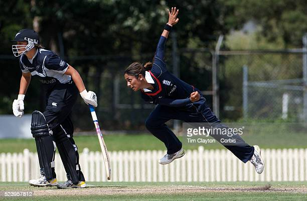 Isa Guha bowling during the match between England and New Zealand in the Super 6 stage of the ICC Women's World Cup Cricket match at Bankstown Oval...
