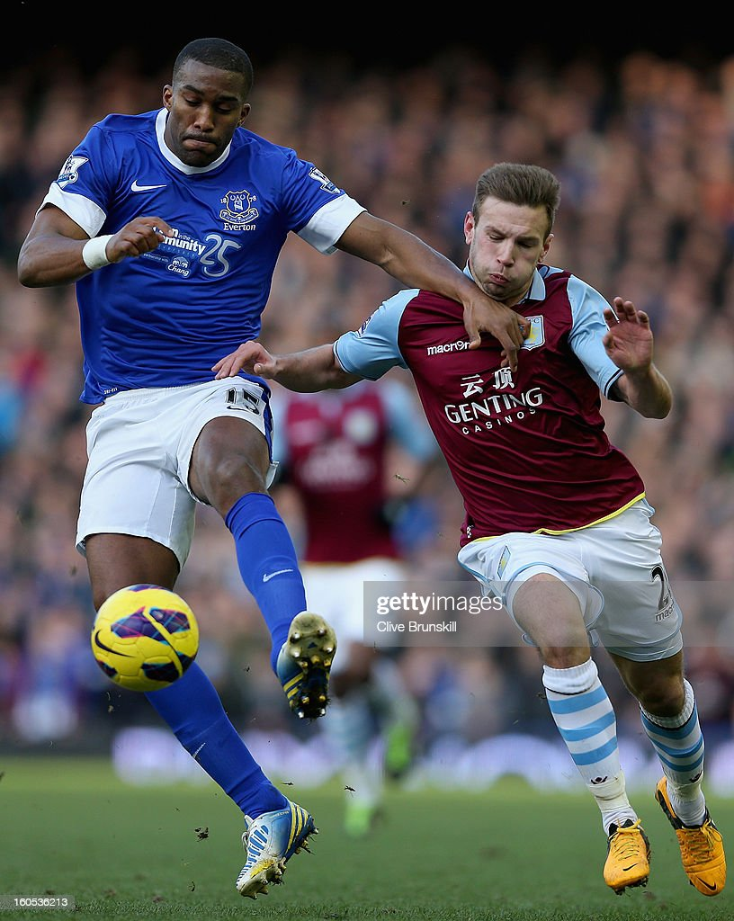 Everton v Aston Villa - Premier League