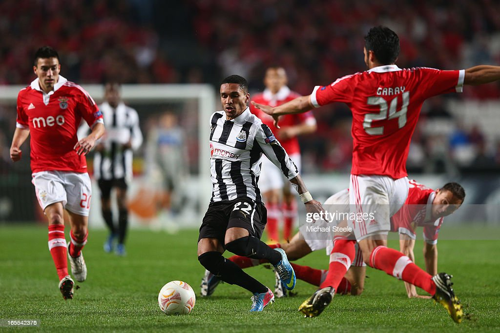 Sylvain Marveaux (C) of Newcastle United goes past the challenge of Nemanja Matic (R) of Benfica during the UEFA Europa League Quarter- Final First Leg match between Benfica and Newcastle United at the Estadio da Luz on April 4, 2013 in Lisbon, Portugal.