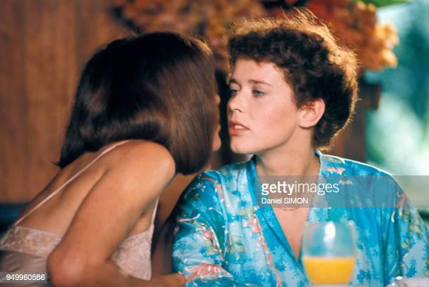 Sylvia Kristel pendant le tournage du fim 'Goodbye Emmanuelle' réalisé par François Leterrier en avril 1977 aux Seychelles.