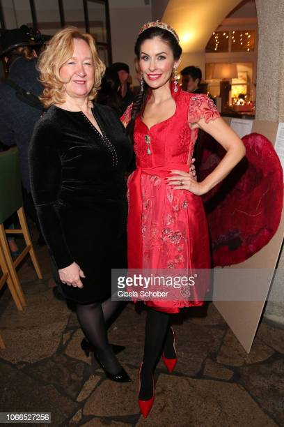 Sylvia Paul Jeannette Graf during the Christmas Charity Dinner hosted by StefanMross AnnaCarinaWoitschack and Connections PR for the benefit of the...