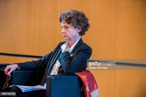 Sylvie Ramond directrice du Musée des BeauxArts de Lyon lors de la conférence de presse portant sur le sauvetage du Musée des Tissus le 4 octobre...