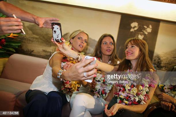 Sylvie Tellier Mareva Georges and Mareva Galanter pose during the Tahiti Graffiti Festival on June 23 2014 in Papeete French Polynesia Seven former...