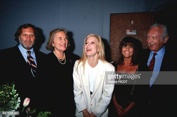 Sylvie Vartan with JeanJacques Debout and Maritie and Gilbert Carpentier Olympia 1991