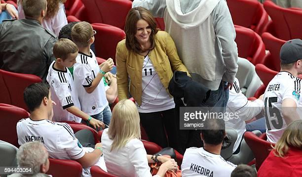 Sylwia Klose , Ehefrau von Miroslav Klose Fussball EM 2012 : Halbfinale : Deutschalnd - Italien semifinal : Germany vs.Italia National Stadium Warsaw...