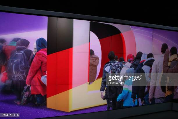 Flüchlingsstrom Deutschland aufgenommen in der ZDFTalkshow maybrit illner am in Berlin Thema der Sendung Schlachtfeld Syrien Wer stoppt Krieg und...