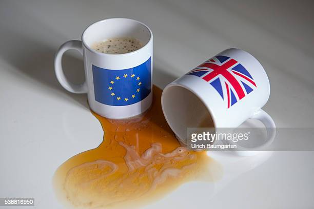 Symbol photo about proposed referendum on United Kingdom membership of the European Union The photo shows a coffee pot with the flag of the EU and an...