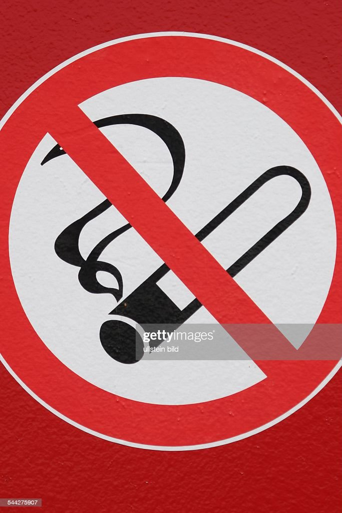 Symbol Piktogramm Rauchverbot No Smoking Pictures Getty Images