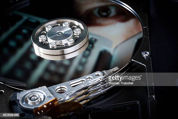 Symbolic photo for data protection, reflection of an eye and laptop in a computer hard drive on January 29, 2015 in Berlin, Germany.