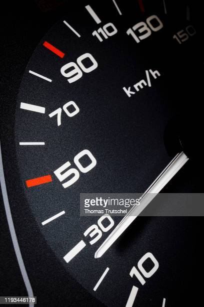 Symbolic photo on the subject of speed limit 30 km / h A speedometer needle can be seen on a speedometer next to the display for 30 kilometers per...