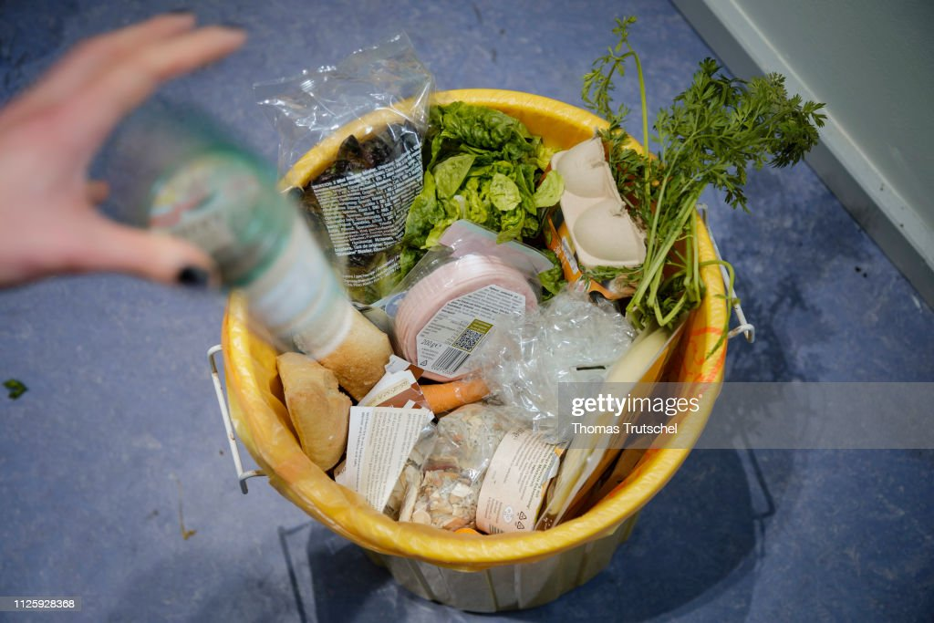 Food Waste : News Photo