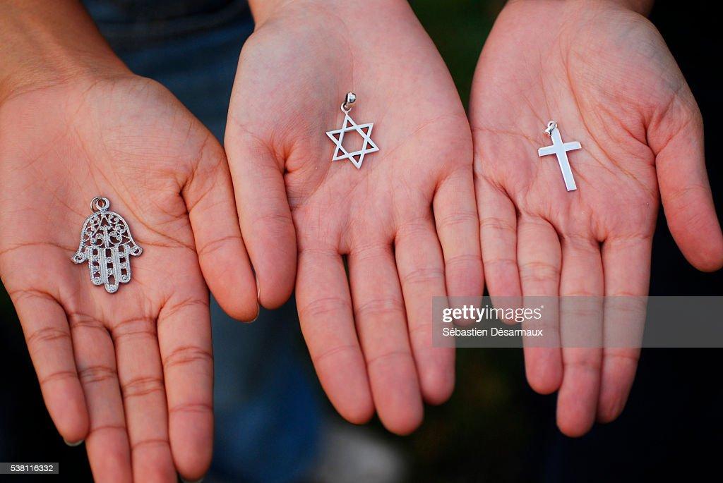 Symbols Of The Three Monotheistic Religions Stock Photo Getty Images - Monotheistic religions