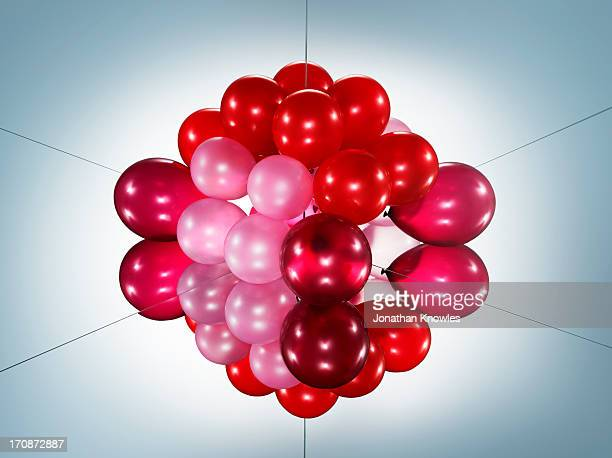 Symmetric image of a balloon arrangement