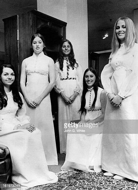 APR 20 1970 APR 23 1970 APR 25 1970 Symphony Deb Queen Honored Miss Polly Bruce daughter of Mr and Mrs Robert Bruce was presented as queen of the...