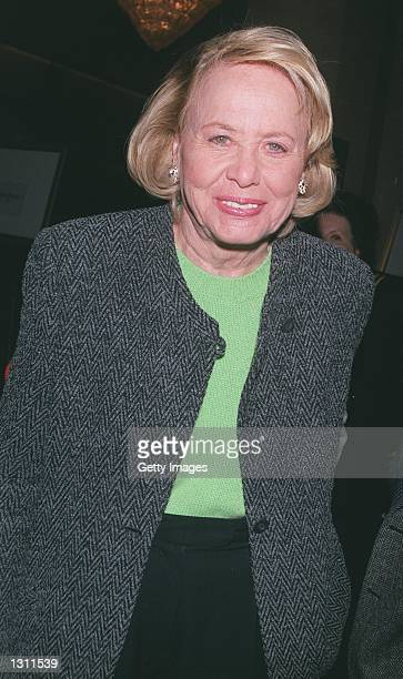 Syndicated gossip columnist, Liz Smith attends the 60th Annual Golden Apple Awards December 10, 2000 in Beverly Hills, CA.
