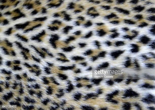 Synthetic leopard fur