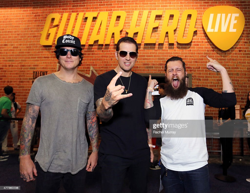 Synyster Gates Pictures And Photos Getty Images Kalung Fashion Qj011713 Of The Band Avenged Sevenfold M Shadows Jamie
