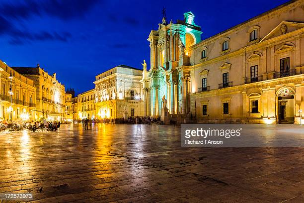 Syracuse Cathedral & Piazza del Duomo on Ortygia