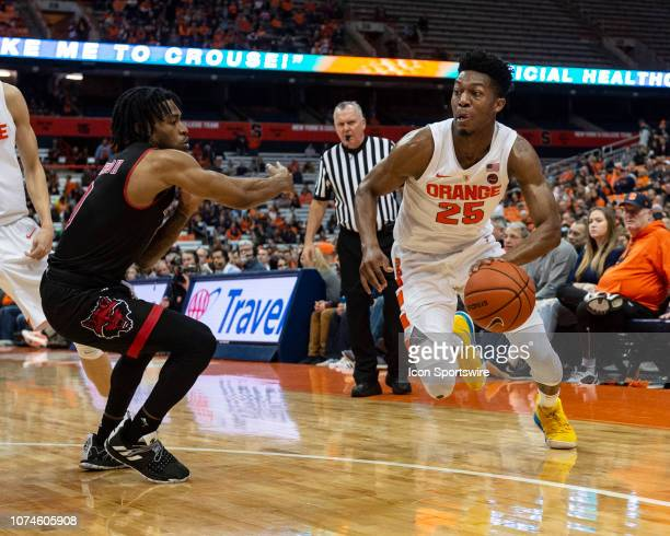 Syracuse Orange Guard Tyus Battle dribbles the ball toward the basket during the second half to the Arkansas State Red Wolves versus the Syracuse...