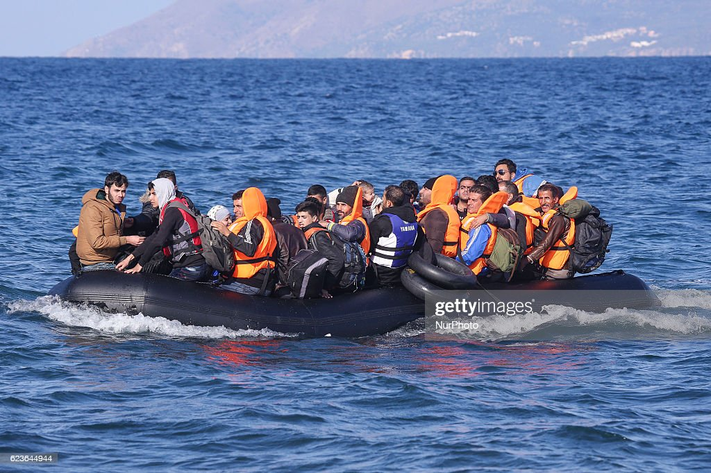 Boats full of refugees arriving in islands Lesvos : News Photo