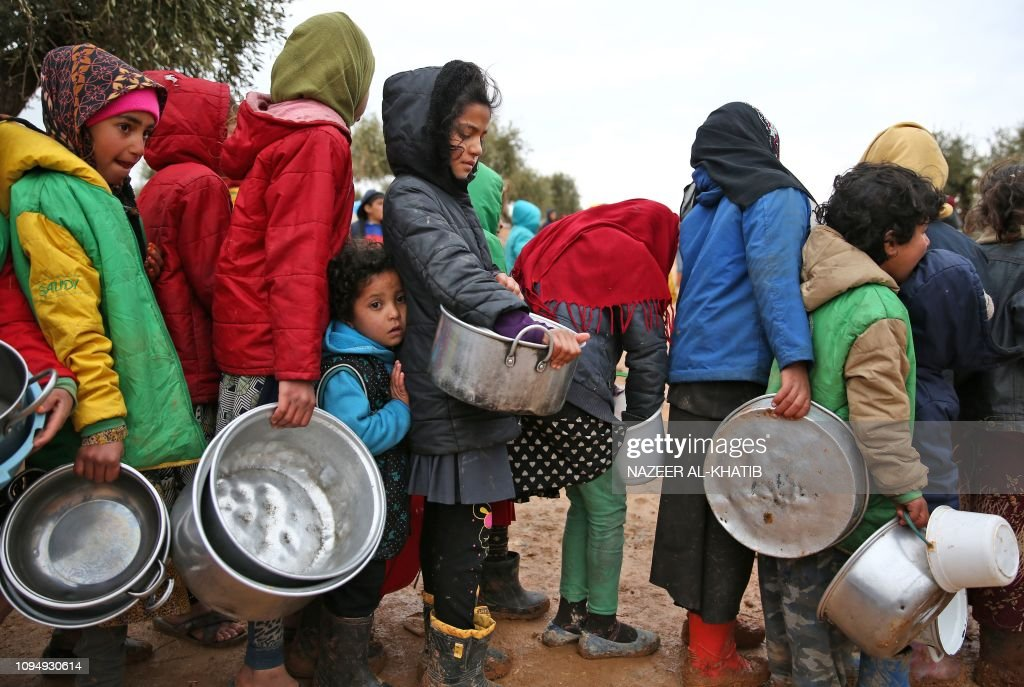 TOPSHOT-SYRIA-CONFLICT-DISPLACED : News Photo