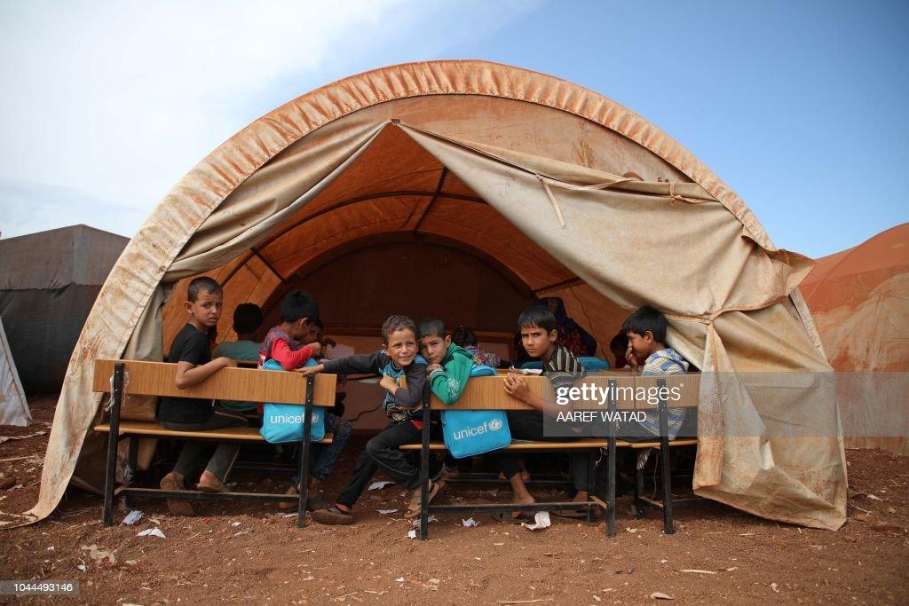 TOPSHOT-SYRIA-CONFLICT-EDUCATION-IDLIB : News Photo
