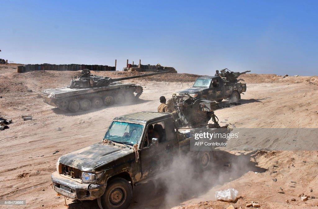 SYRIA-CONFLICT-DEIR EZZOR : News Photo