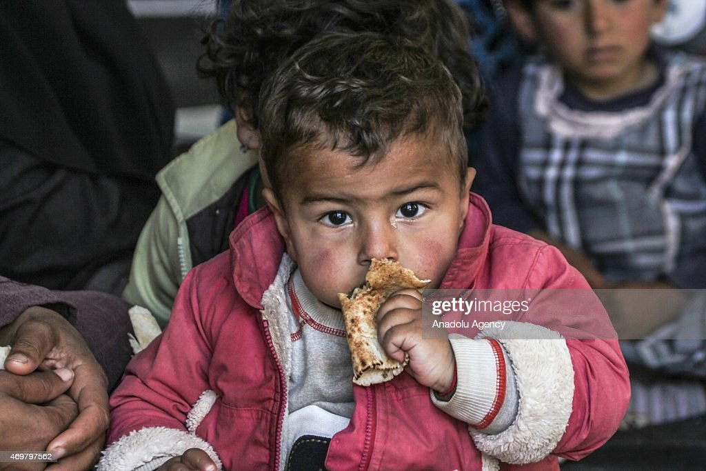 Syrian refugees at Atmeh camp in Idlib : News Photo