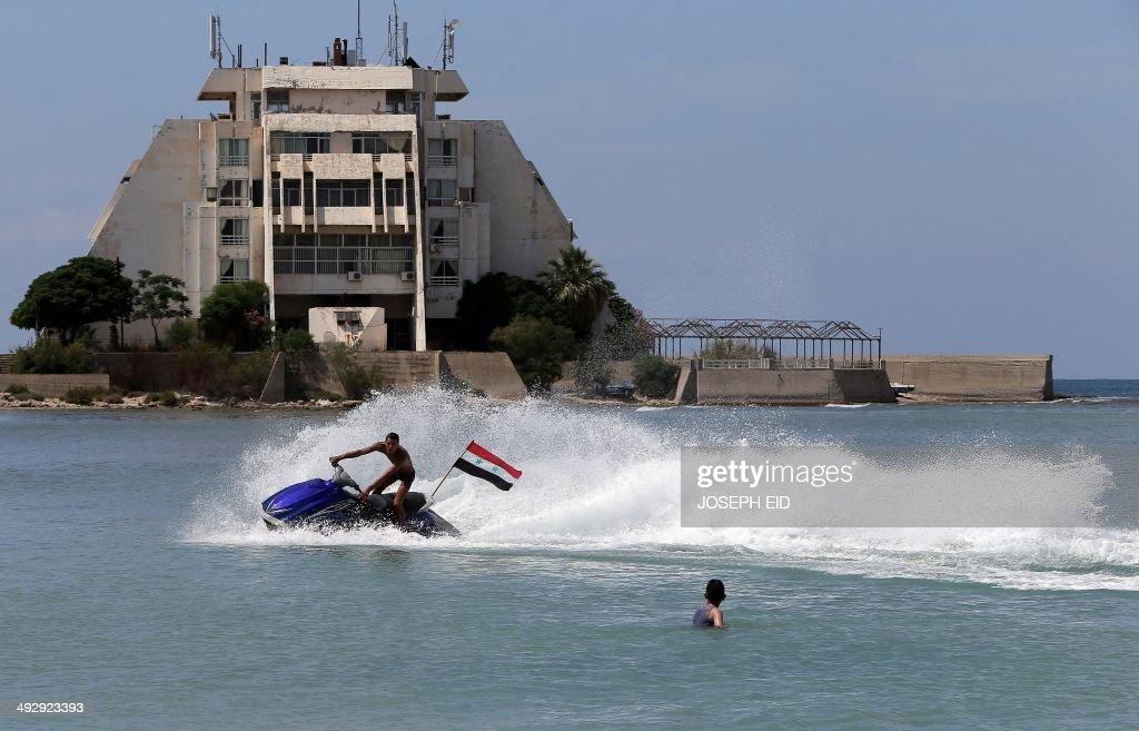 SYRIA-CONFLICT-LATAKIA-REFUGEES-ECONOMY : Nachrichtenfoto