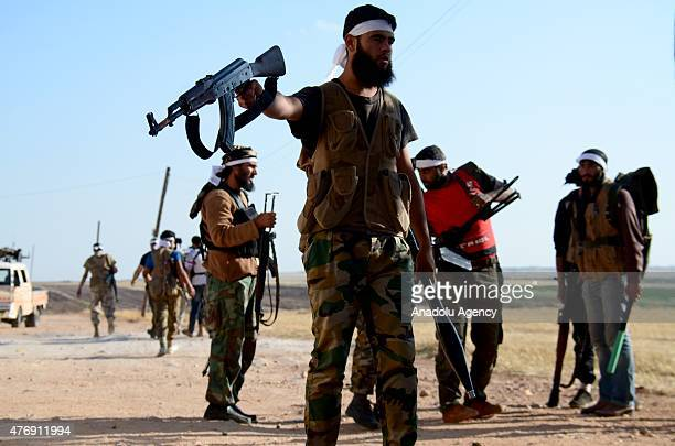 Syrian opposition groups make preparations before they attack Daesh militants with heavy artilleries and rockets in Soran district of Syria's Aleppo...