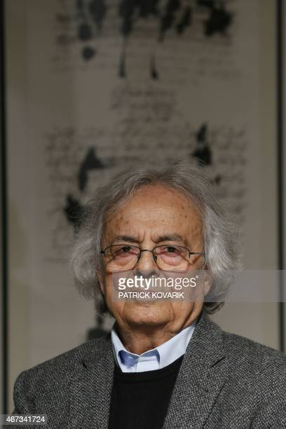 Syrian poet and literary critic Ali Ahmed Saïd Esber aka 'Adonis' poses on March 23 2015 in Paris AFP PHOTO / PATRICK KOVARIK