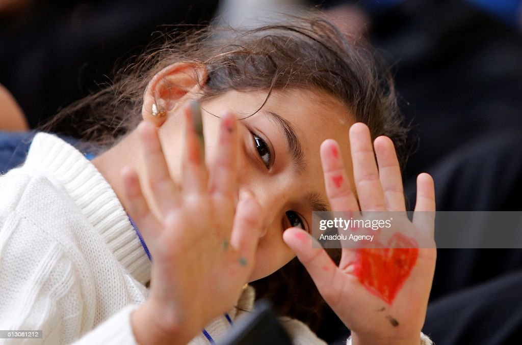 Welcoming ceremony for Syrian refugees in Rome : News Photo